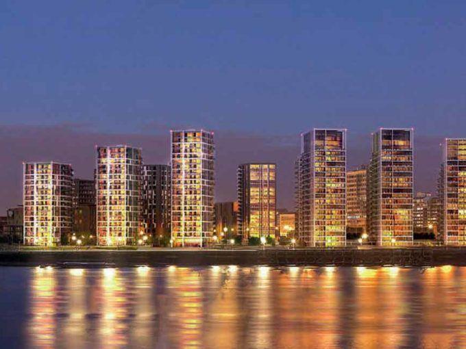 Panoramica di sera Waterfront III